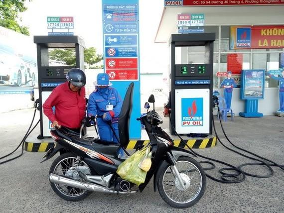 Làm rõ thông tin đầu mối xăng dầu hưởng lợi hơn 3.300 tỷ đồng