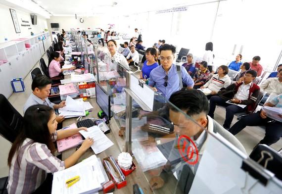 TP.HCM cho rằng việc tăng thu nhập sẽ tạo thêm động lực cống hiến đối với cán bộ, công chức, viên chức