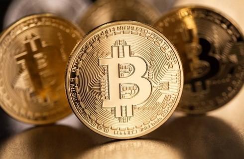 Bitcoin liên tục mất giá (Ảnh minh họa: KT)