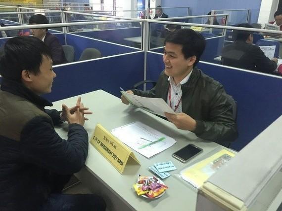 Phỏng vấn tuyển dụng lao động. (Ảnh: Hồng Kiều/Vietnam+)