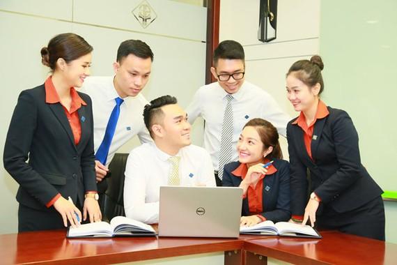 Sacombank Top 5 công ty được nhân viên nội bộ bình chọn