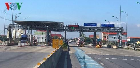 Trạm BOT QL1 tại Quảng Trạch (Quảng Bình) đã triển khai thu phí tự động không dừng.