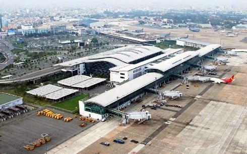 Quy hoạch mở rộng và nâng công suất khai thác Cảng hàng không quốc tế Tân Sơn Nhất đang được gấp rút hoàn thiện. (Ảnh minh họa: KT)
