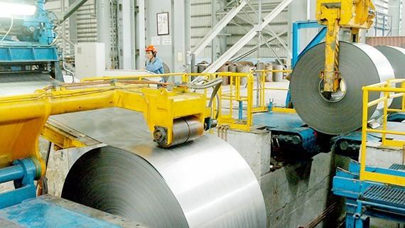 Sản xuất thép không gỉ tại tỉnh Bà Rịa - Vũng Tàu Ảnh: CAO THĂNG