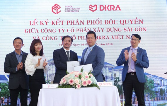 Công ty SCC và DKRA Việt Nam chính thức ký kết hợp tác phân phối độc quyền khu biệt thự compound cao cấp Sol Villas
