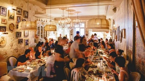 World Cup 2018: Mánh khóe nâng điểm xếp hạng của các nhà hàng