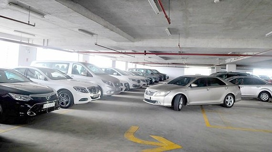 Một tầng đậu xe tại bãi xe 326 Võ Văn Kiệt, quận 1, TPHCM. Ảnh: CAO THĂNG