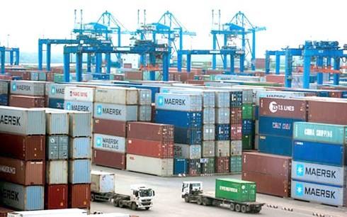 Hàng hóa tại cảng Cát Lái (quận 2, TP HCM).