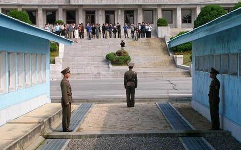 Hàn Quốc và Triều Tiên đối thoại cấp cao tại Bàn Môn Điếm vào 1/6