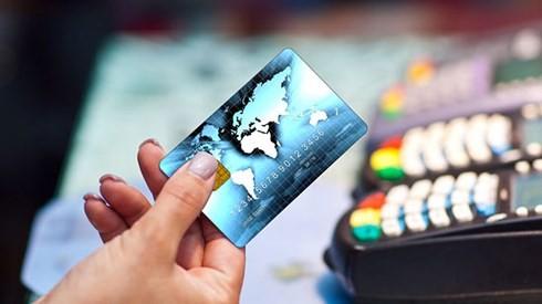Việt Nam có lượng giao dịch phi tiền mặt thấp nhất trong khu vực. (Ảnh: KT).