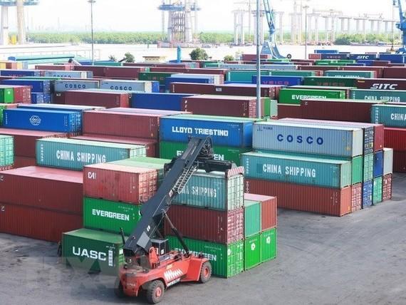 Phế liệu sắt thép nhập vào Việt Nam bất ngờ tăng vọt trong 6 tháng