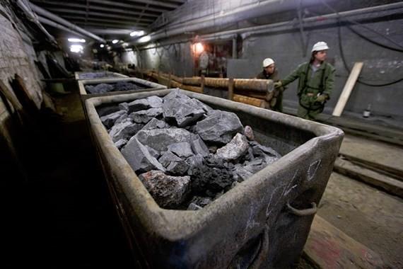 Chiến tranh thương mại nhằm vào mặt hàng uranium