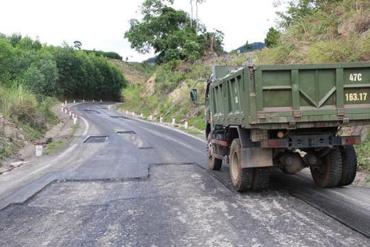 Đường Trường Sơn Đông qua địa bàn xã Ea Lai, huyện M'Đrắk hư hỏng nặngẢnh: Cao Nguyên
