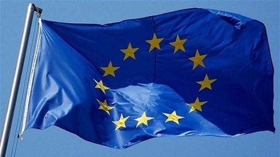 EU không nhượng bộ Mỹ