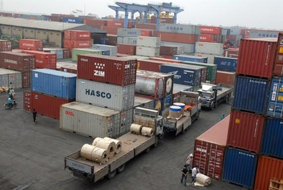 Kiểm soát chặt hàng đến cảng