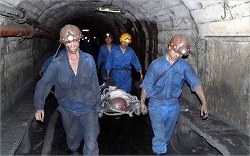 Sập hầm khai thác than Mông Dương, 2 công nhân bị vùi lấp