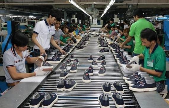 Người dân Đông Phi rất ưa chuộng các sản phẩm do Việt Nam sản xuất, đặc biệt là hàng giầy dép da, may mặc, đồ gia dụng, máy nông nghiệp, vật liệu xây dựng…