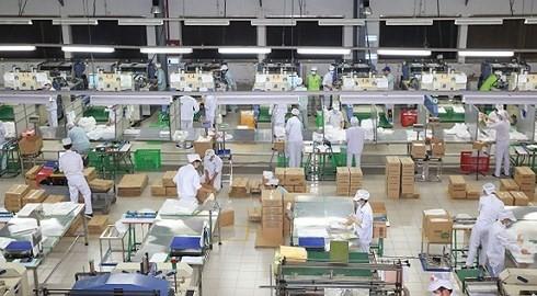 Các DN Việt Nam nên xem cuộc chiến thương mại Mỹ-Trung là cơ hội và cũng thách thức để mở rộng thị trường xuất khẩu (Ảnh minh họa: KT)
