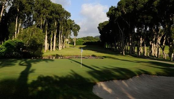 """Hong Kong phá sân golf nổi tiếng để giải tỏa """"cơn khát"""" đất"""