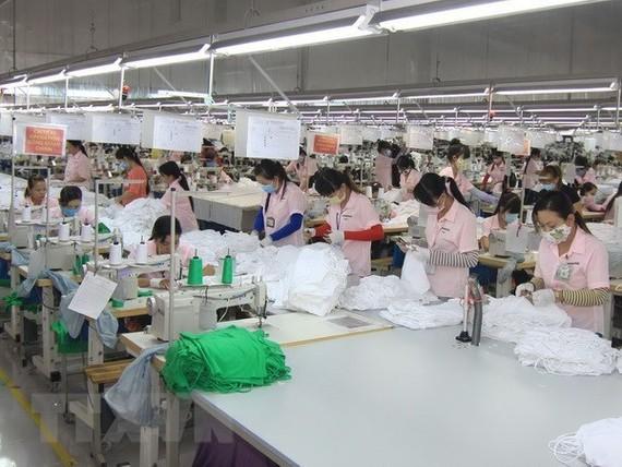 """30 năm thu hút FDI: Sàng lọc """"nâng chất"""" dự án đầu tư"""