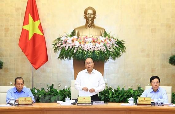 Thủ tướng Nguyễn Xuân Phúc chỉ đạo phiên họp thường kỳ Chính phủ tháng 9.
