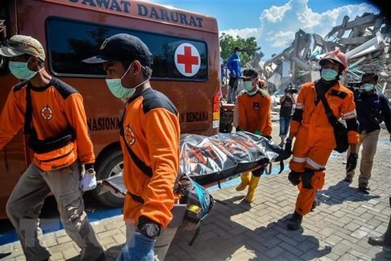 Động đất, sóng thần ở Indonesia: 1.670 người thiệt mạng và mất tích