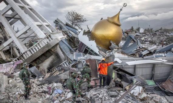 Vẫn còn 5.000 người bị mất tích sau động đất, sóng thần Indonesia