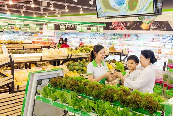 Tưng bừng sinh nhật thương hiệu VinEco 3 năm ra mắt – người dân có cơ hội trải nghiệm nông sản công nghệ cao tại VinMart Sa Đéc.