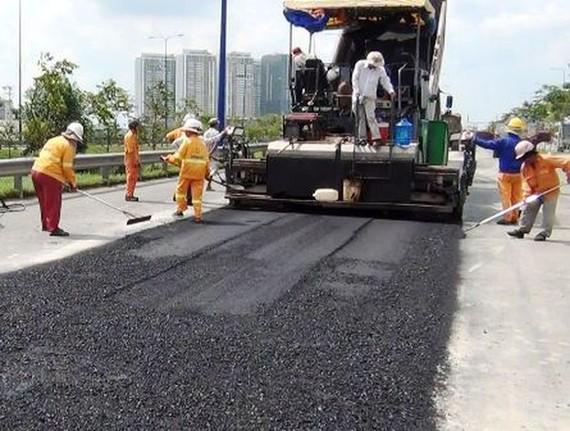 Ap dụng thiết bị, công nghệ mới vào công tác quản lý, bảo trì đường bộ