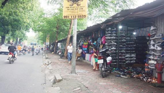 Hà Nội tháo dỡ 400 kiốt tạm chỉnh trang tuyến đường Láng