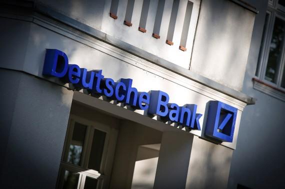 Cảnh sát Đức khám xét Deutsche Bank vì nghi ngờ rửa tiền