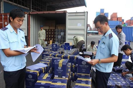 Cục Hải quan TPHCM: Gấp rút gỡ vướng lô máy kéo nhập khẩu của doanh nghiệp