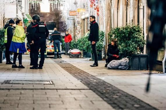 Nổ súng ở chợ Giáng sinh Strasbourg-Pháp: 3 người chết, 12 người bị thương