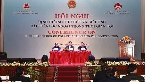 Phó Thủ tướng Chính phủ Trịnh Đình Dũng tham dự, chủ trì hội nghị.