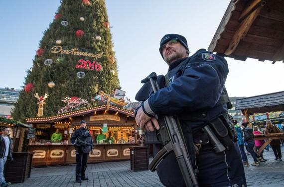 Anh cảnh báo tấn công khủng bố tại châu Âu dịp cuối năm