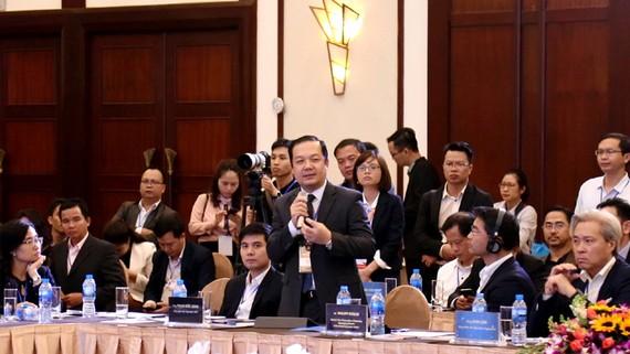 Tổng Giám đốc VNPT Phạm Đức Long phát biểu tại Diễn đàn thanh niên khởi nghiệp tổ chức tại TP Đà Nẵng. Ảnh: VNPT