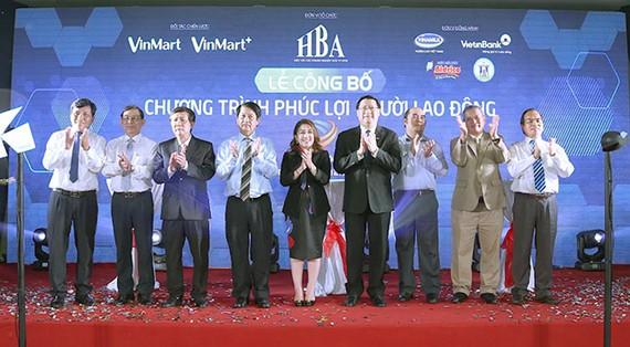 VinMart, VinMart+ hỗ trợ phúc lợi người lao động TPHCM