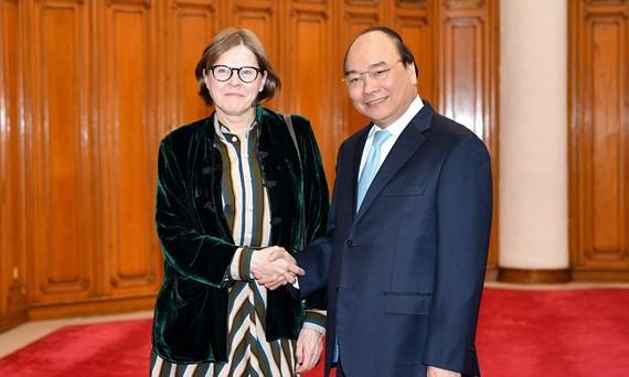 Thủ tướng Nguyễn Xuân Phúc tiếp bà Heidi Hautala