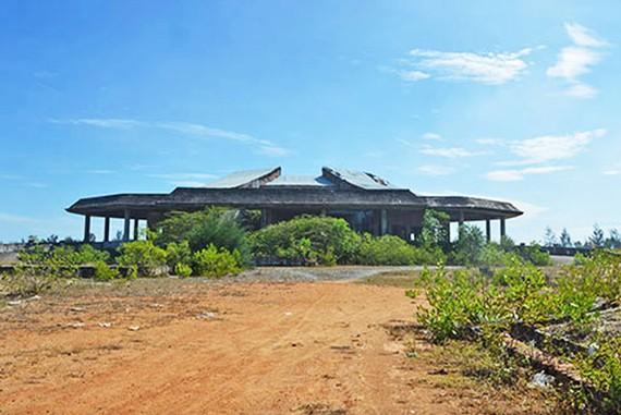 Nhà hỏa táng Hội An bị bỏ hoang hơn 14 năm nay.
