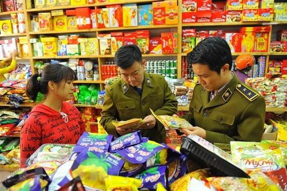Kiểm soát chặt nguồn cung thực phẩm trong dịp Tết Nguyên đán