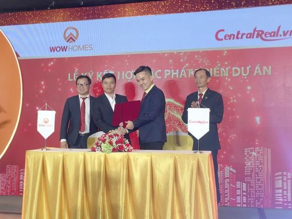 WowHomes ký kết hợp tác CTCP Central Real
