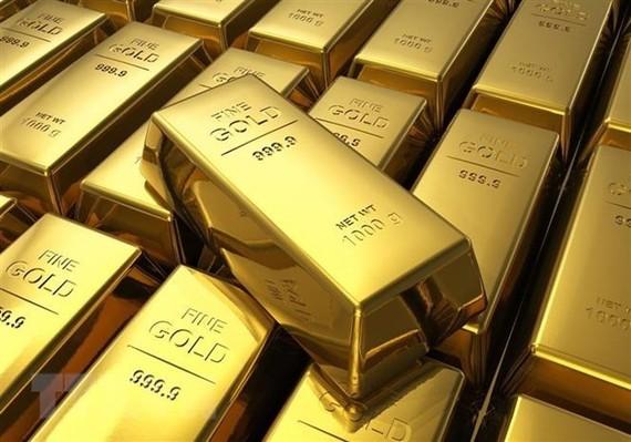 Giá vàng thế giới chạm mức cao nhất trong 8 tháng qua