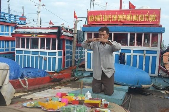 Lễ mở biển đầu năm của ngư dân Lý Sơn. Ảnh: Báo Nhân dân điện tử