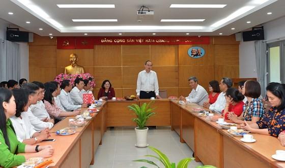 Bí thư Thành ủy TPHCM Nguyễn Thiện Nhân giao nhiệm vụ ngày làm việc đầu năm