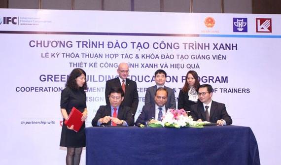 IFC hỗ trợ đào tạo sinh viên phát triển công trình xanh Việt Nam
