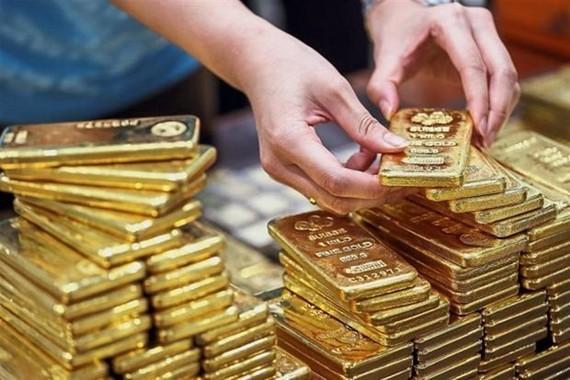 Giá vàng tăng sau khi Mỹ hoãn tăng thuế hàng hóa Trung Quốc