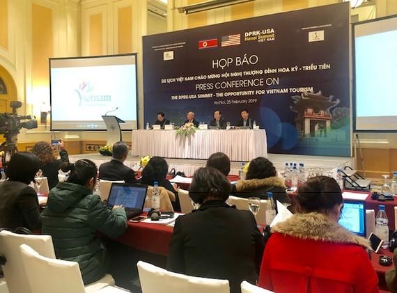 Họp báo Du lịch Việt Nam chào mừng Hội nghị thượng đỉnh Mỹ-Triều. Ảnh: VGP/Nhật Nam