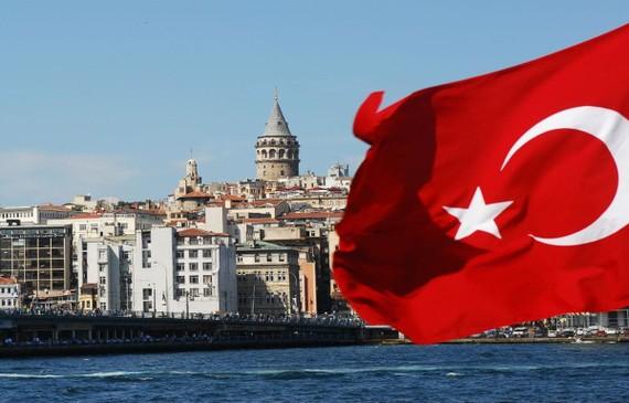 Kinh tế Thổ Nhĩ Kỳ rơi vào tình trạng suy thoái đầu tiên 10 năm qua