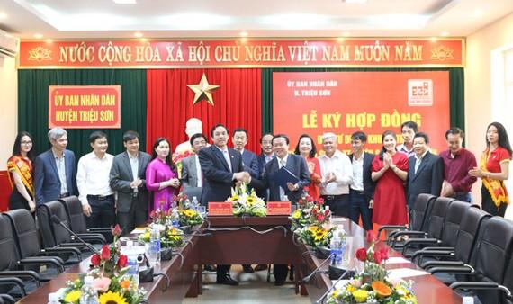 Tập đoàn Sao Mai và UBND huyện Triệu Sơn  ký kếthợp đồng đầu tư Dự án khu đô thị Minh Sơn - thị trấn Triệu Sơn ( Triệu Sơn, Thanh Hóa).