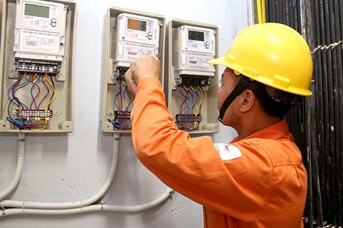 TPHCM: nhu cầu điện mùa khô tăng cao
